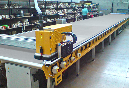 Laser Vacuum Table with fume extraction